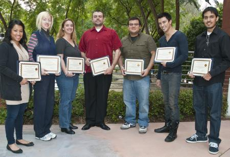 Picture of CSULA student research delegates.