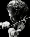 Photo of Itzhak Perlman.