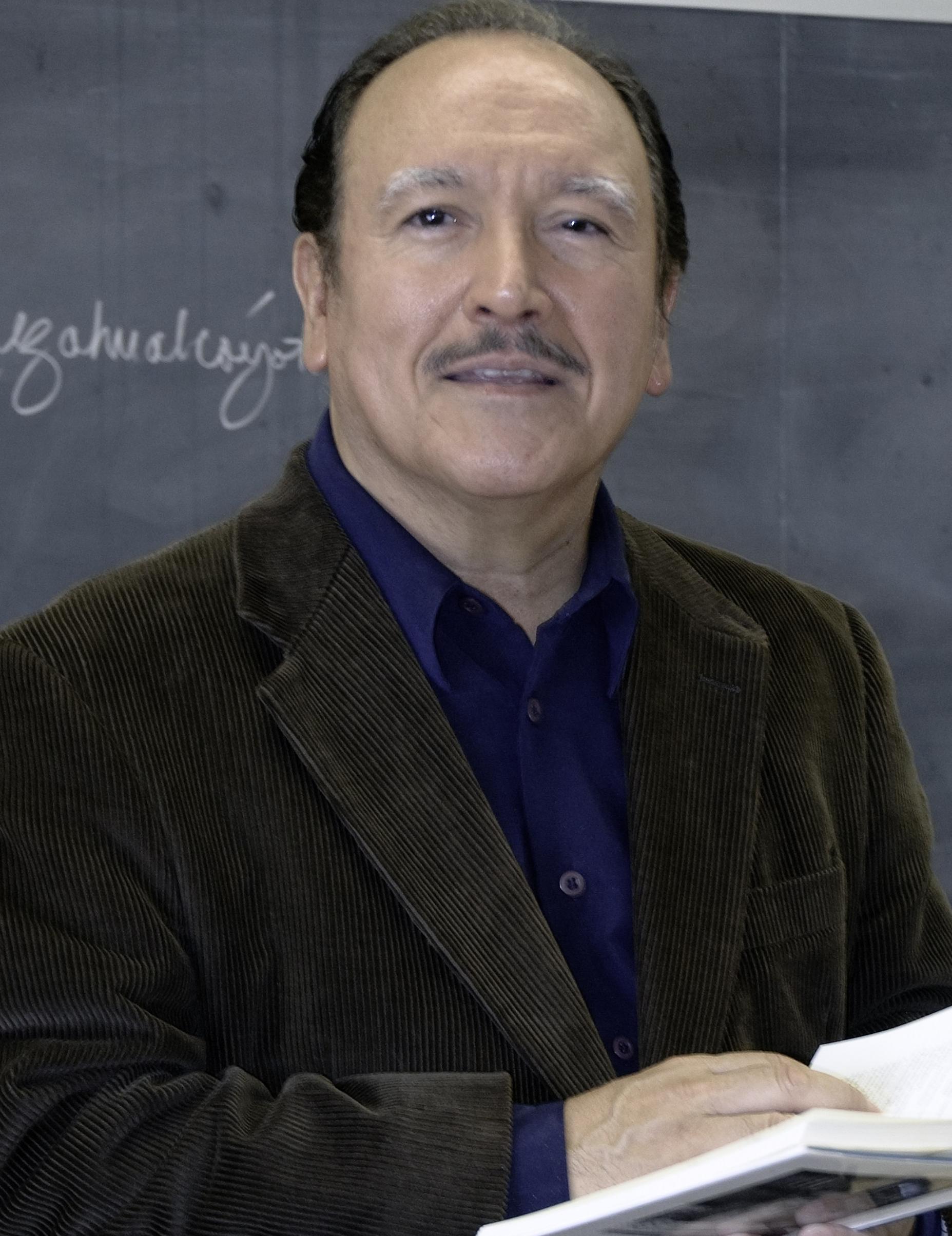 Dr. Roberto Cantú